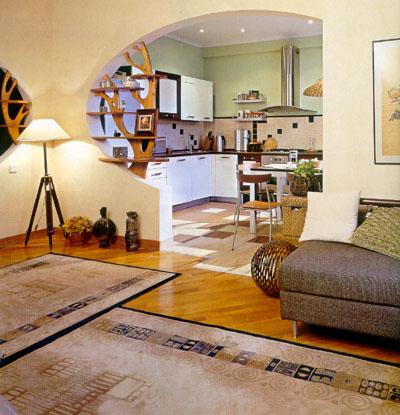 Современный интерьер квартиры с розовыми акцентами