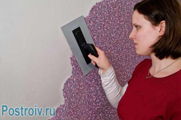 Как правильно клеить жидкие обои на стены. без замеса нет процесса