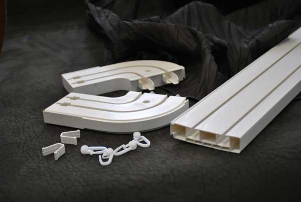 Крепим пластиковый потолочный карниз — пошаговая инструкция. советы профессионалов