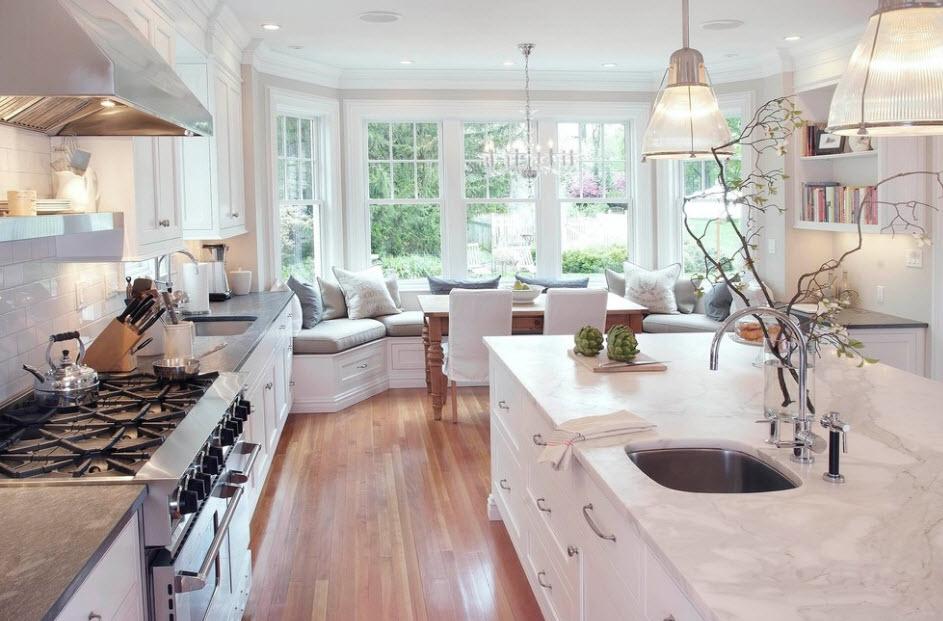 Как спланировать и благоустроить кухню с эркером? 44 фото