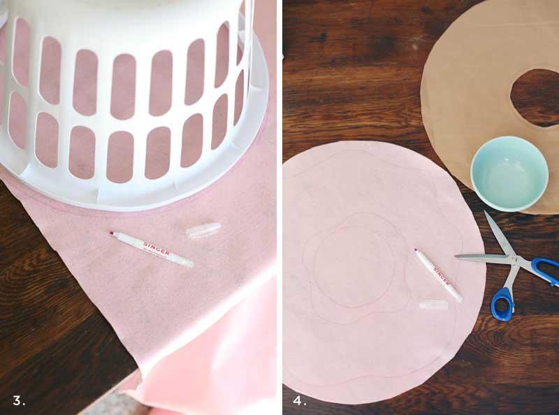 Как сшить декоративную подушку «пончик»; своими руками. фото инструкция