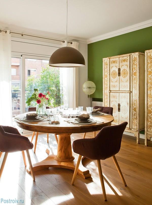 Дизайн светлой квартиры в испании. легкость, ребячество и непринужденность