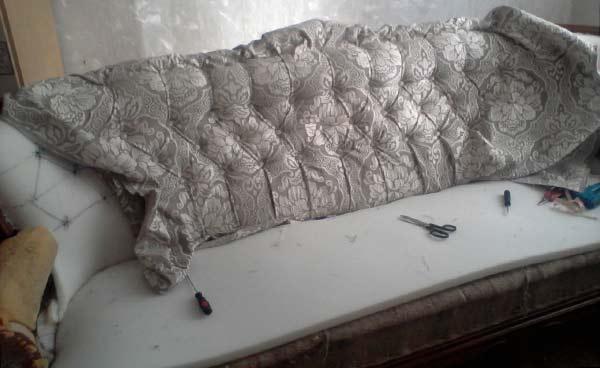 Перетяжка мебели своими руками. мастер-класс с видео