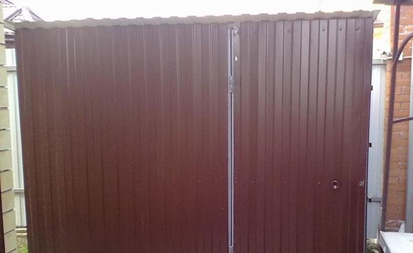 Как сделать туалет из профнастила на даче своими руками по чертежам, размерам?