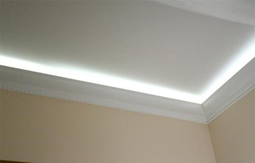 Потолочный багет для натяжных потолков. фото