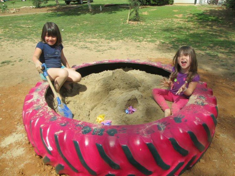 Детские песочницы своими руками, 20 фото