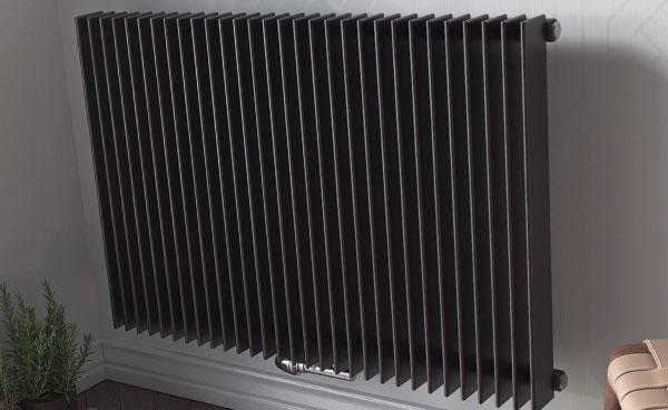 Преимущества и недостатки вертикальных радиаторов