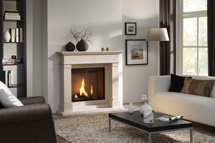 Интерьер гостиной с камином: современный дизайн