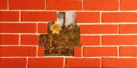 Декор стен кирпичиками своими руками