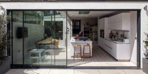 Пристройка к дому - учимся стилю у англичан - 60 фото